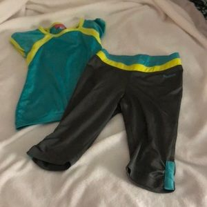 Reebok Girls Size S workout outfit